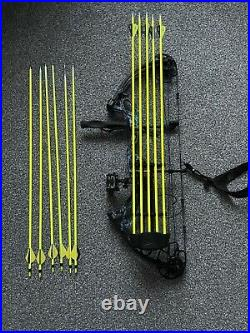 Bear Archery Cruzer G2 Adult Compound Bow 70lbs Archery Hunting Package