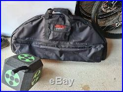 Bear COMPOUND ARCHERY SET R/H 40-60 LBS 24-30 BLACK