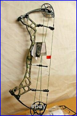 Bear Traxx Left Handed Compound Bow Woodlamd Oak Cammo DL 26.5- 30 Peak Dw 53lb