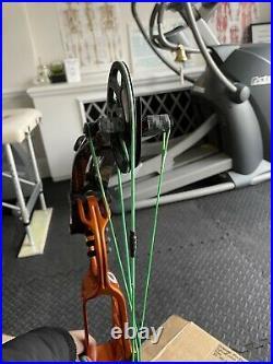 Hoyt Pro Comp Elite European Medalist Bow R/H 40-50lbs 25-25.5 spiral