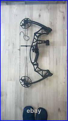 Hoyt klash Compound bow (draw weight 15-70lbs)-(length 18-29)