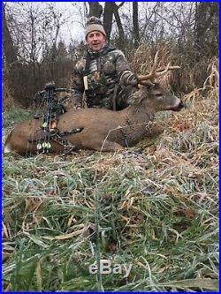 Mathews z7 bow right hand 60-70lbs with limb saver drop away rest/stabilizer/28