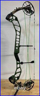 NOCK ON EVO NTN 33 33 29 65lb Right Hand Compound Bow with stand