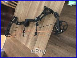 New Breed Gx2 Compound Bow Left Handed 60lb