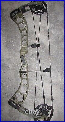 PRIME BLACK 1 BOW right hand 70lb 25.5-30 NEW set at 29