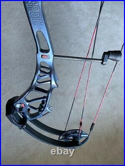 PSE Shootdown, RH, 37 50-60lb compound bow Beautiful Condition